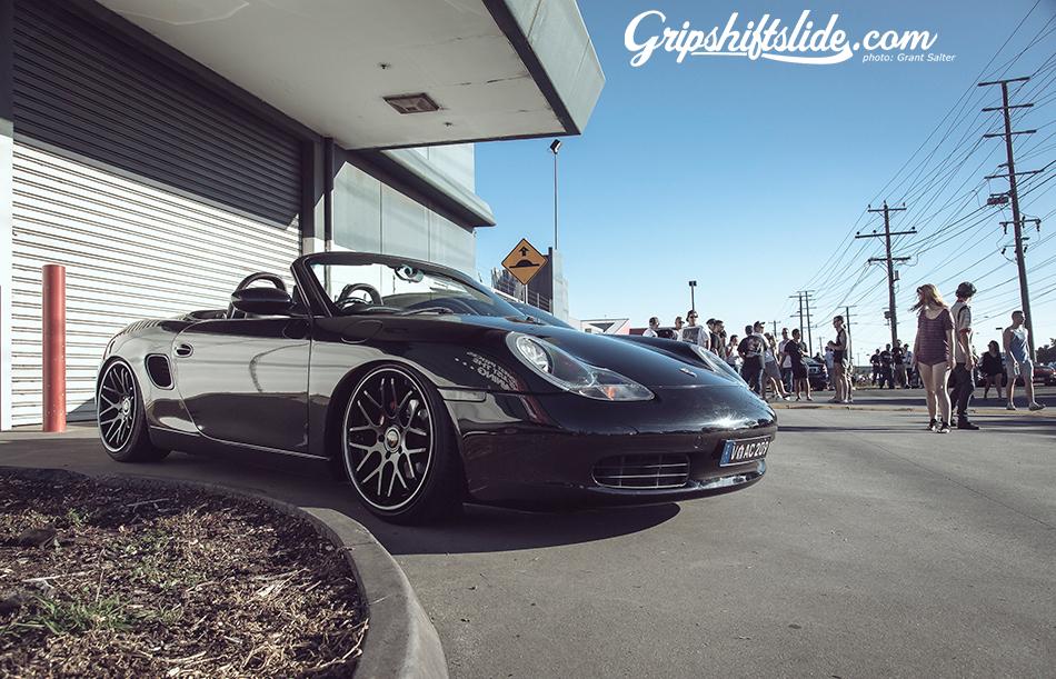 Porsche boxer with wheels