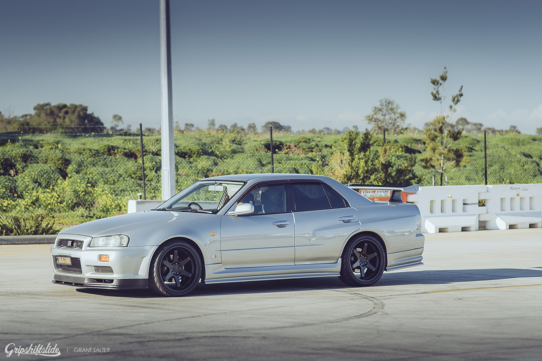 r34 four door modified