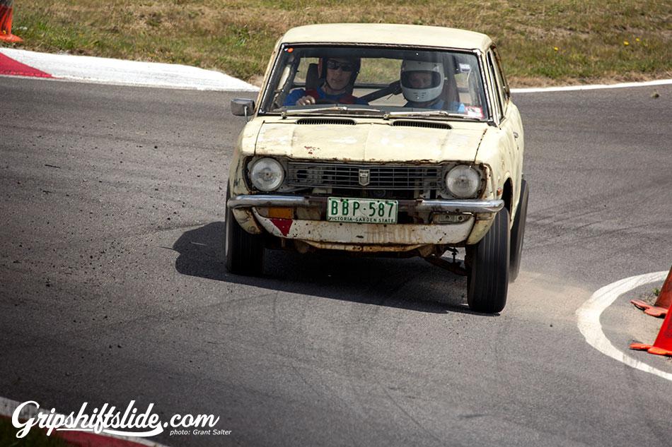 corolla old rusty racing