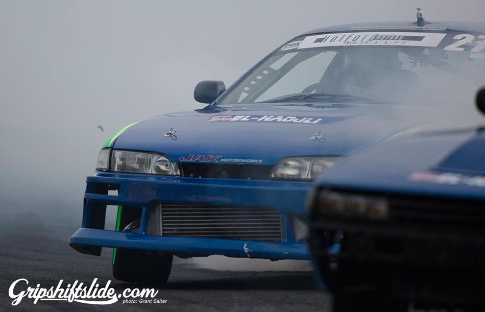 blue car drift team