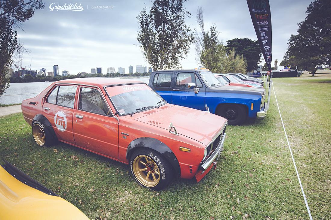 toyota corolla old school racing style